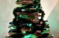 अच्छी किताबों एवं सुविचारों की हरियाली- क्रिसमस ट्री की शुभकामनाएं