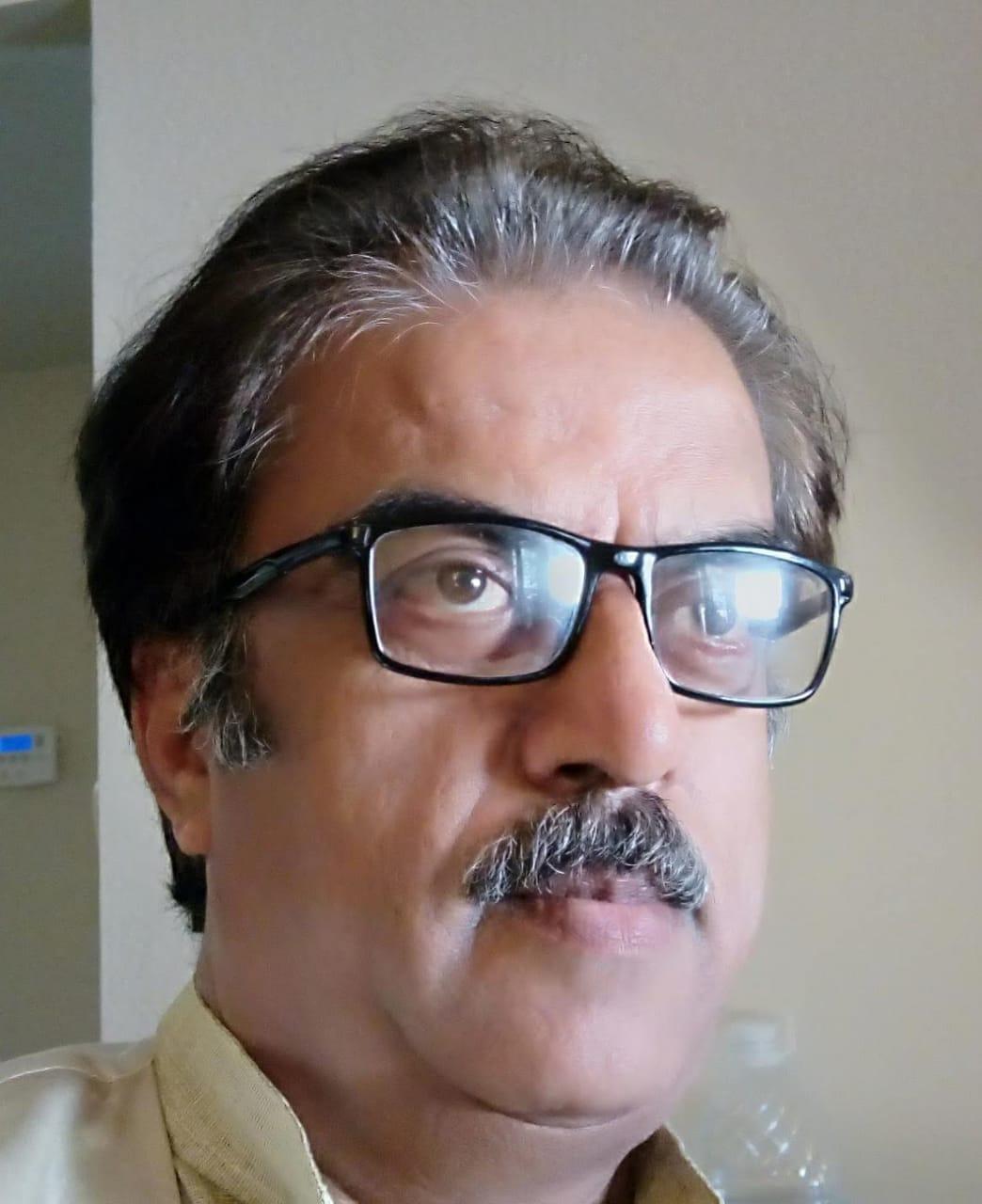 जीवन में सफलता के लिए इंसान होना पहली शर्त और स्वाभिमान होना दूसरी शर्त- राजेश राज